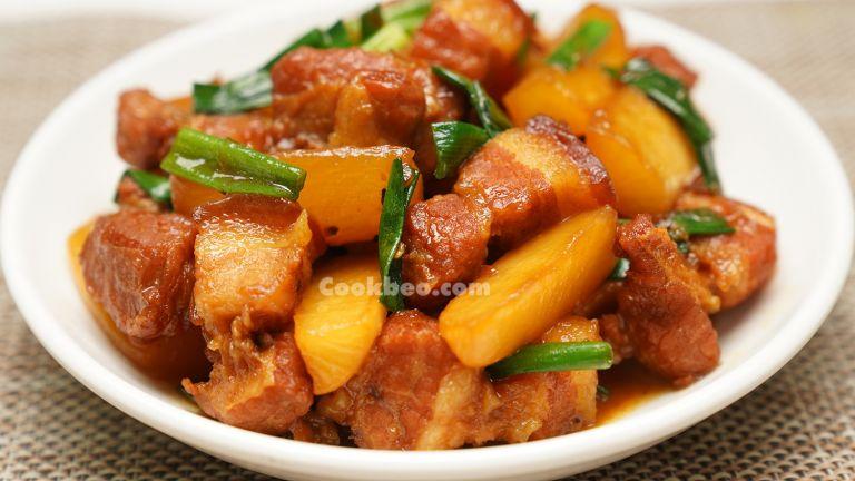 đĩa thịt kho củ cải trắng