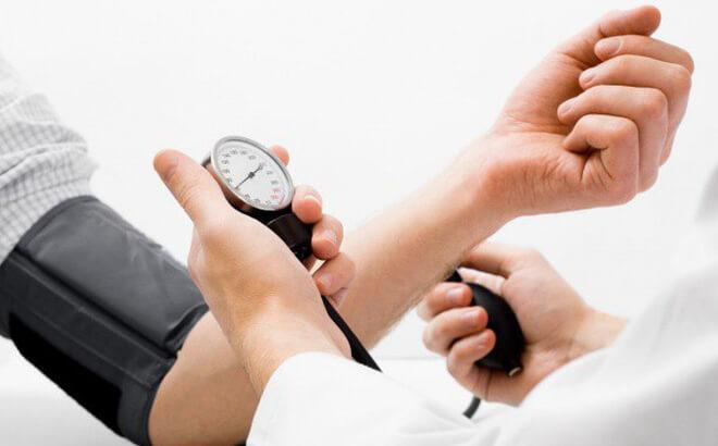 đo huyết áp